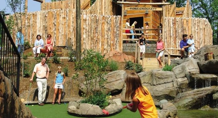 Tipley's Davy Crockett Mini Golf
